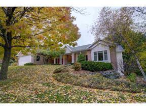 Property for sale at 356 Stoney Ridge Tr, Stoughton,  Wisconsin 53589