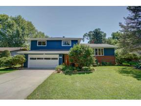 Property for sale at 6300 Sylvan Ln, Monona,  Wisconsin 53716