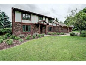 Property for sale at 5007 Rustic Way, McFarland,  Wisconsin 53558