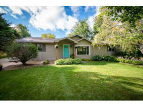 Property for sale at 2613 Gladeview Rd, Cottage Grove,  Wisconsin 53527
