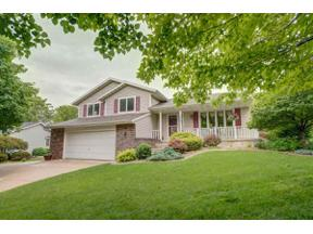 Property for sale at 618 Nottingham Rd, Stoughton,  Wisconsin 53589