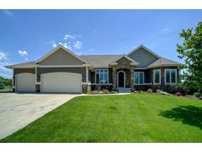Property for sale at 1427 Cottontail Dr, Waunakee,  Wisconsin 53597