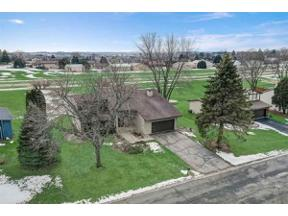 Property for sale at 206 Winston Way, Waunakee,  Wisconsin 53597