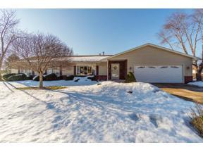 Property for sale at 5041 Shorecrest Dr, Middleton,  Wisconsin 53562