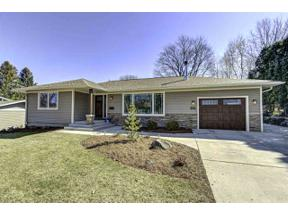 Property for sale at 469 Hilltop Dr, Madison,  Wisconsin 53711