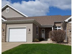 Property for sale at 102 Lauryn Ct, Mount Horeb,  Wisconsin 53572