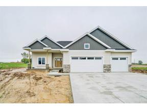 Property for sale at 6124 White Daisy Ct, McFarland,  Wisconsin 53558