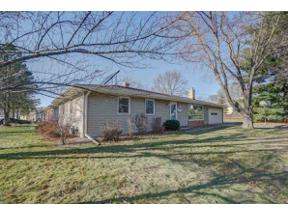 Property for sale at 1628 Mayflower Dr, Middleton,  Wisconsin 53562